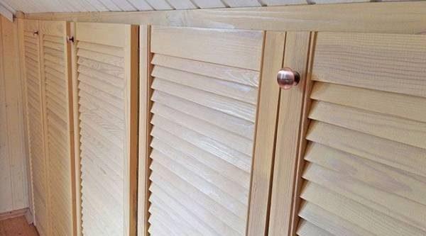 Мастер-класс: как изготовить встроенные шкафчики в мансардной комнате